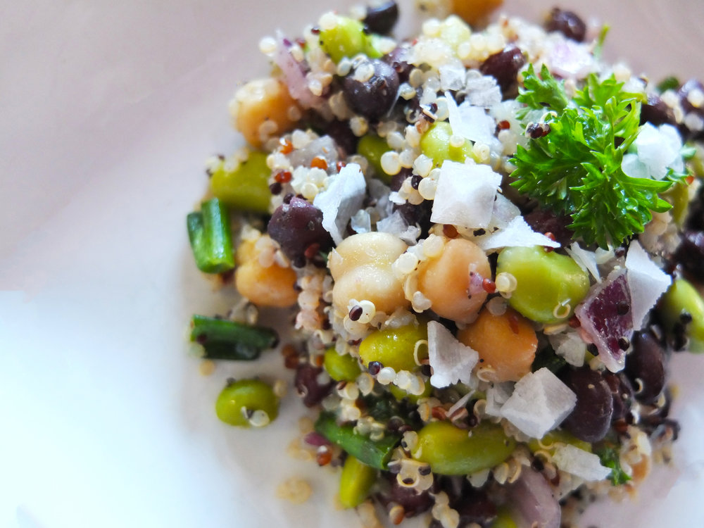 3 Bean Quinoa Salad    Want a lighter, healthier dinner? Why not brighten up your dinner  with this vegan protein punch!