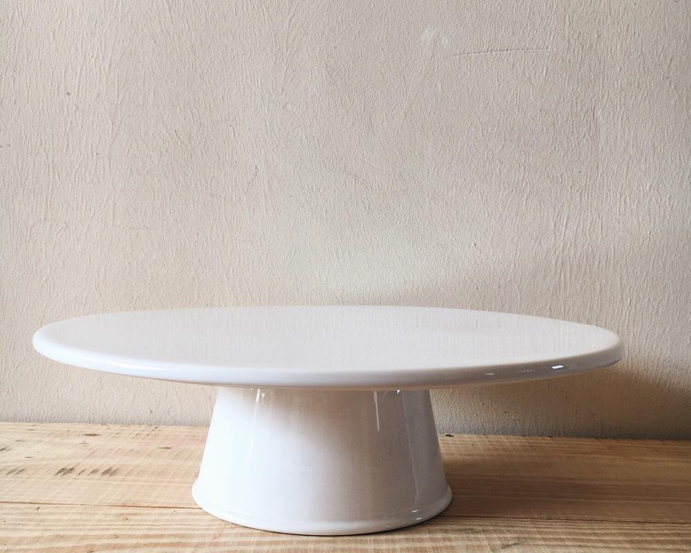 DT03 White Porcelain Cake Stand