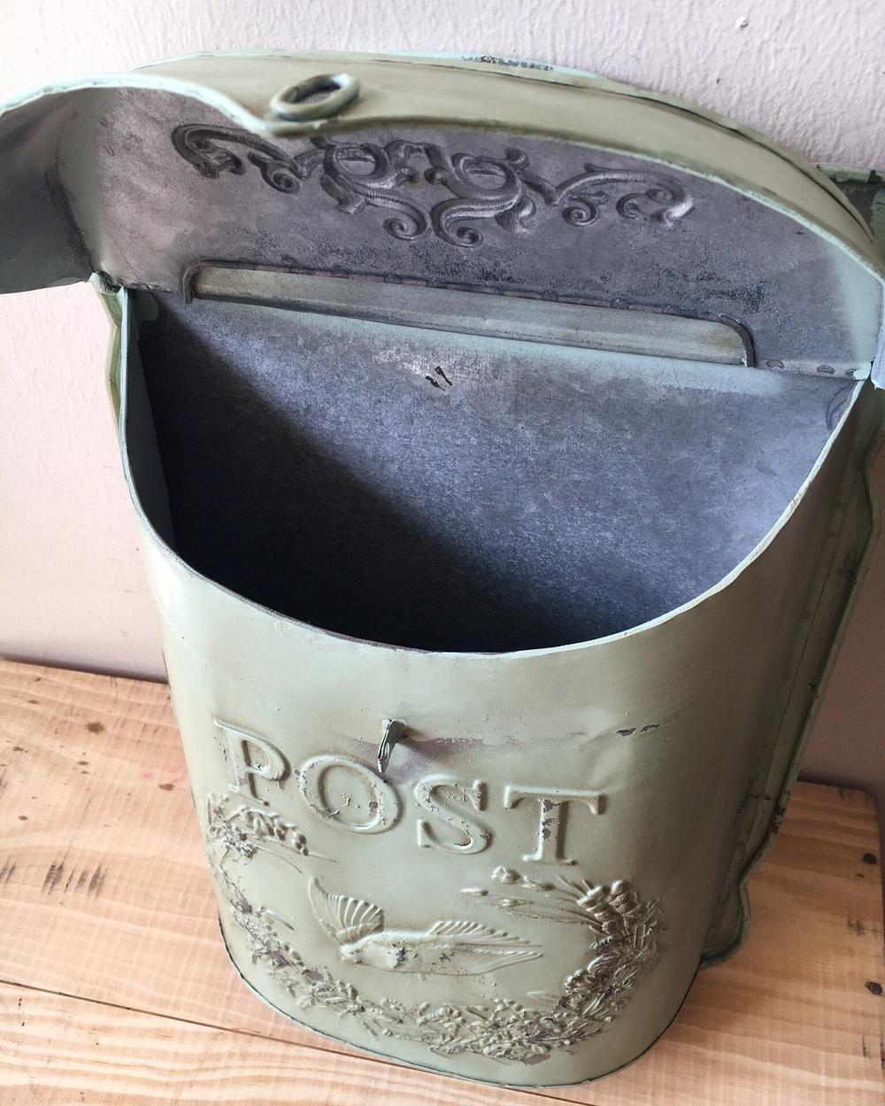 storage mailbox 4.JPG