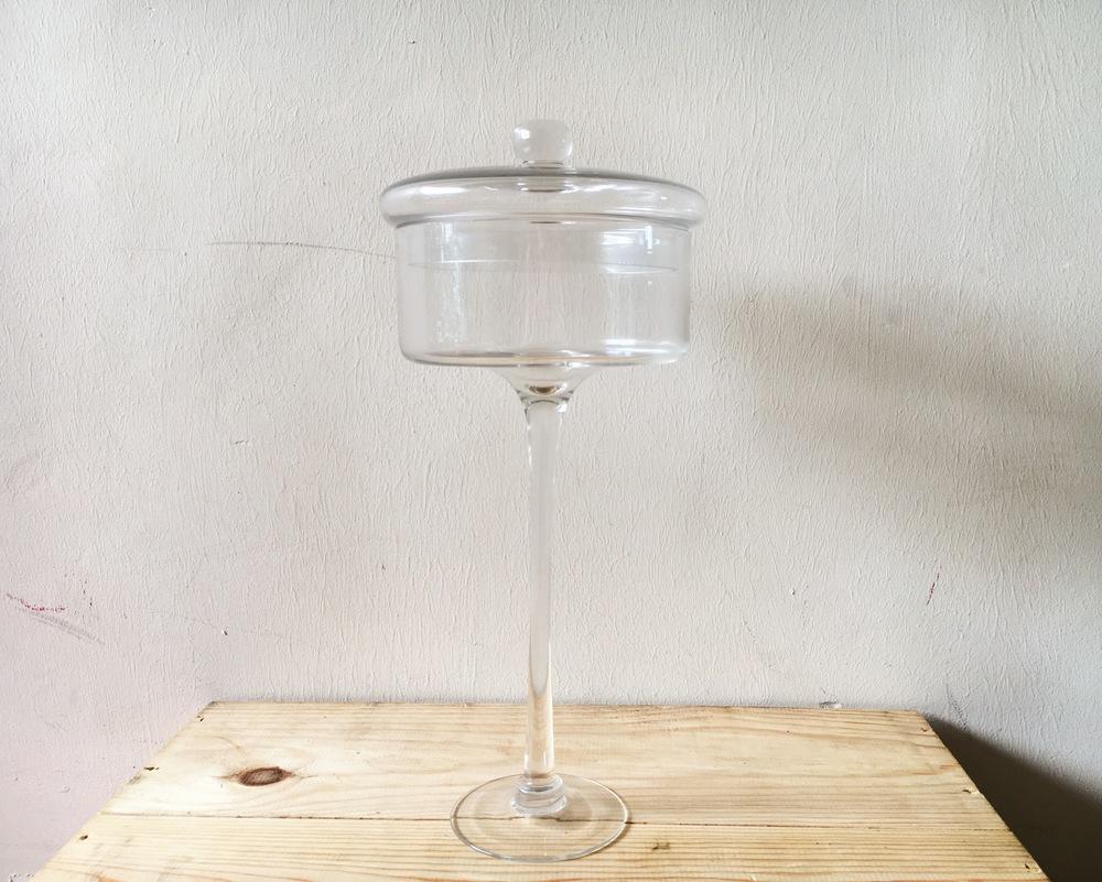 DT10 Tall Glass Dessert Stand