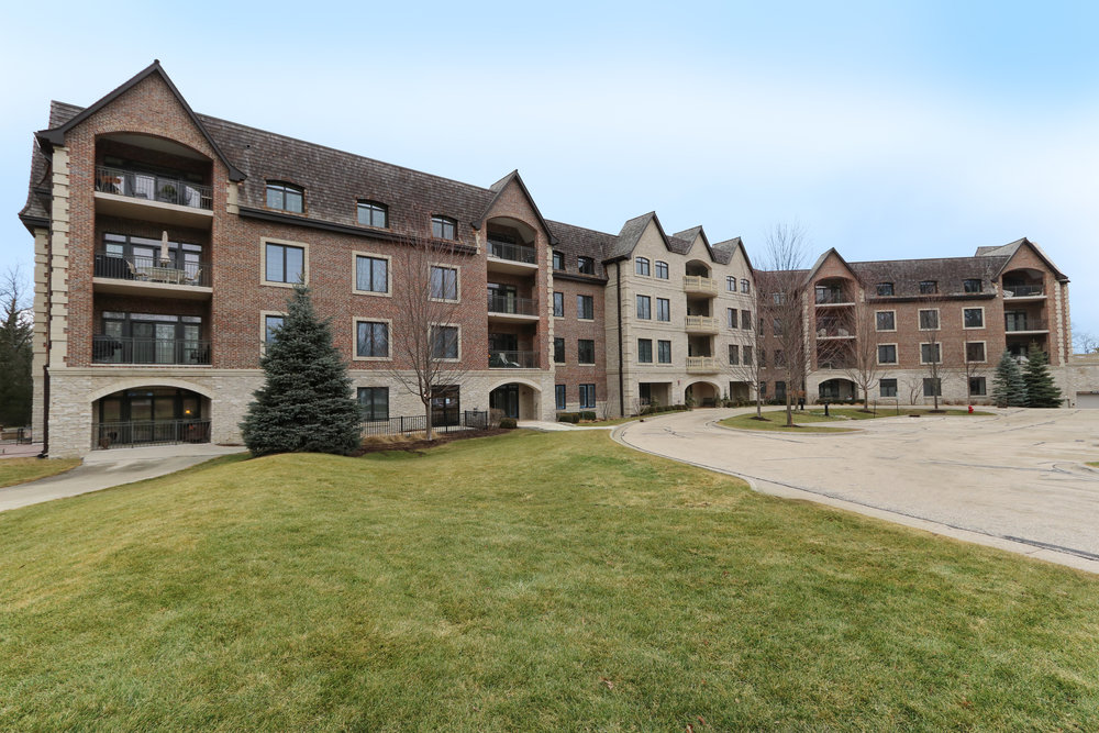 1850 Amberley, Lake Forest, IL