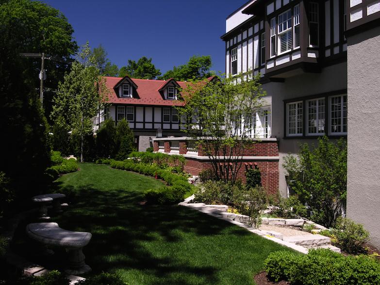 garden looking west copy.jpg