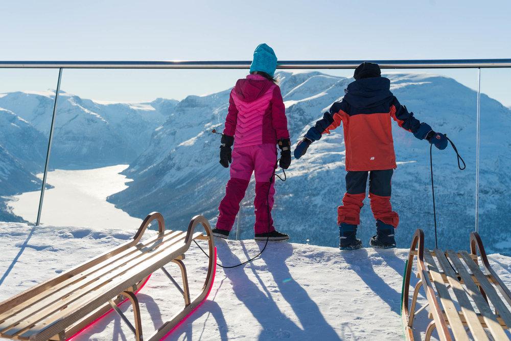 Aking på Hoven. Foto: Bård Basberg/Loen Skylift