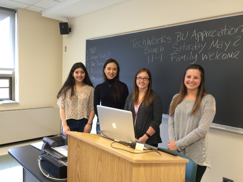 Creators of this Aural Postcard sharing their research on the Link Flight Simulator (l-r) Sahar  PAKRAVAN,   CHIH-YIN LIU,   KATIE BROWN, and  Jackie Sharlach