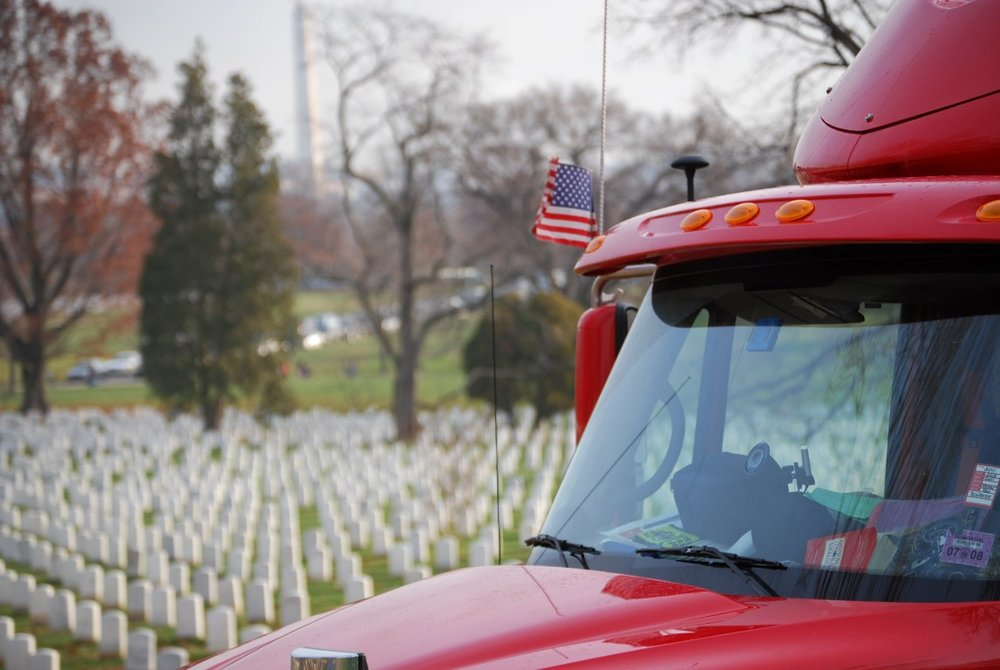 2007 WAA truck with Arlington in background (Medium).JPG