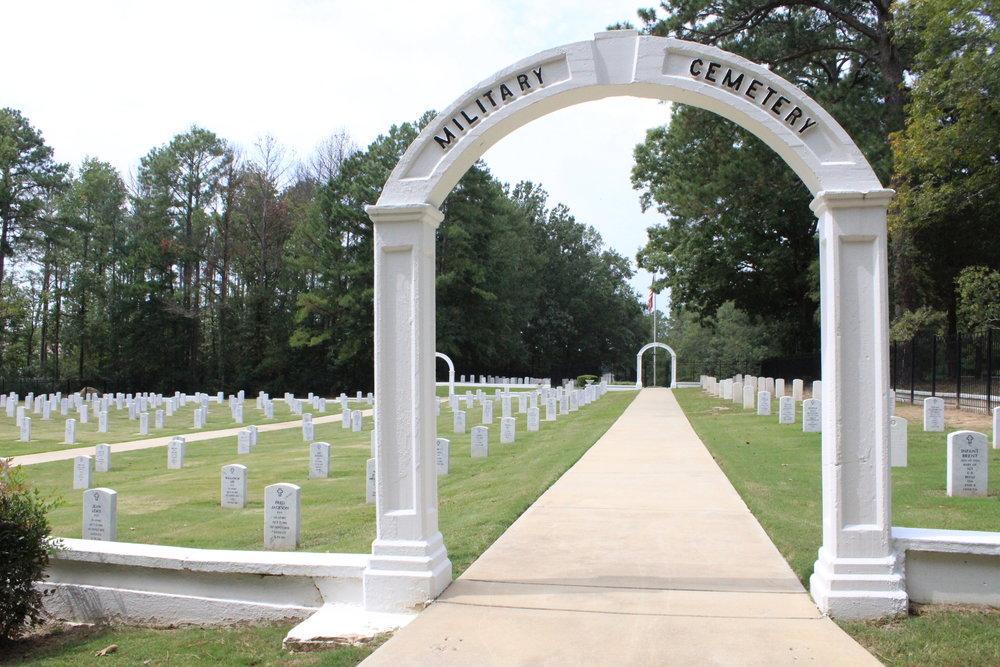 Fort McClellan Cemetery Arch.JPG