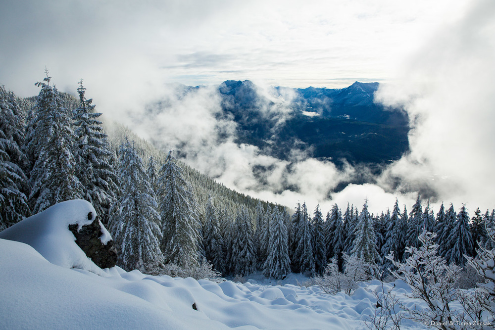 View from Mount Si in the winter: Looking east towards Mailbox Peak