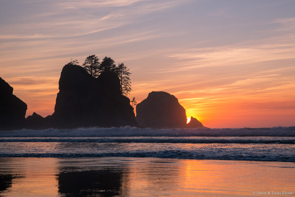 Sunset on fire at Shi Shi Beach and Point of the Arches, Olympic