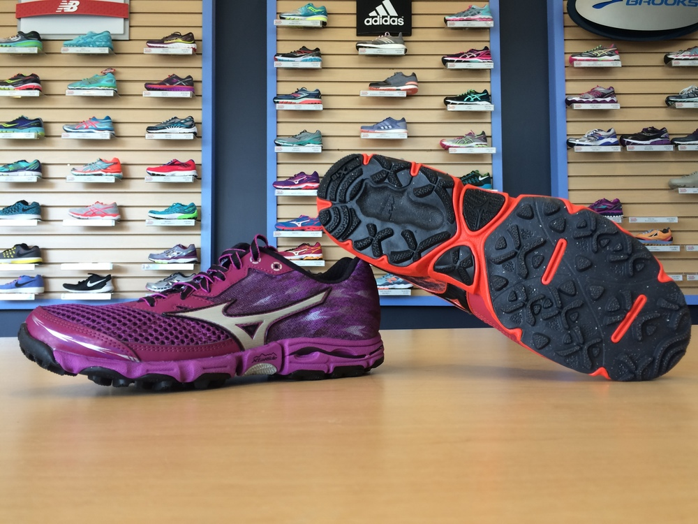 Do more with less in the Mizuno Wave Hayate 2.