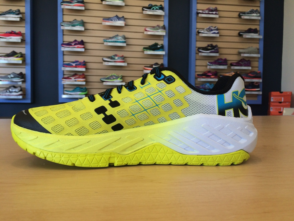 The color gradient seen here roughly matches the firmness gradient of the midsole. Yellow = more responsive, white = more cushion.