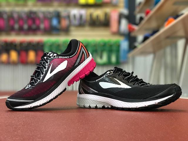 Your favorite workhorse trainer just got an update. With a retooled midsole for a supremely soft landing, you'll love every mile in the friendly @brooksrunning Ghost 10, now available at Future Track.  #futuretrack #brooksrunning #ghost10 #runhappy #runningshoes