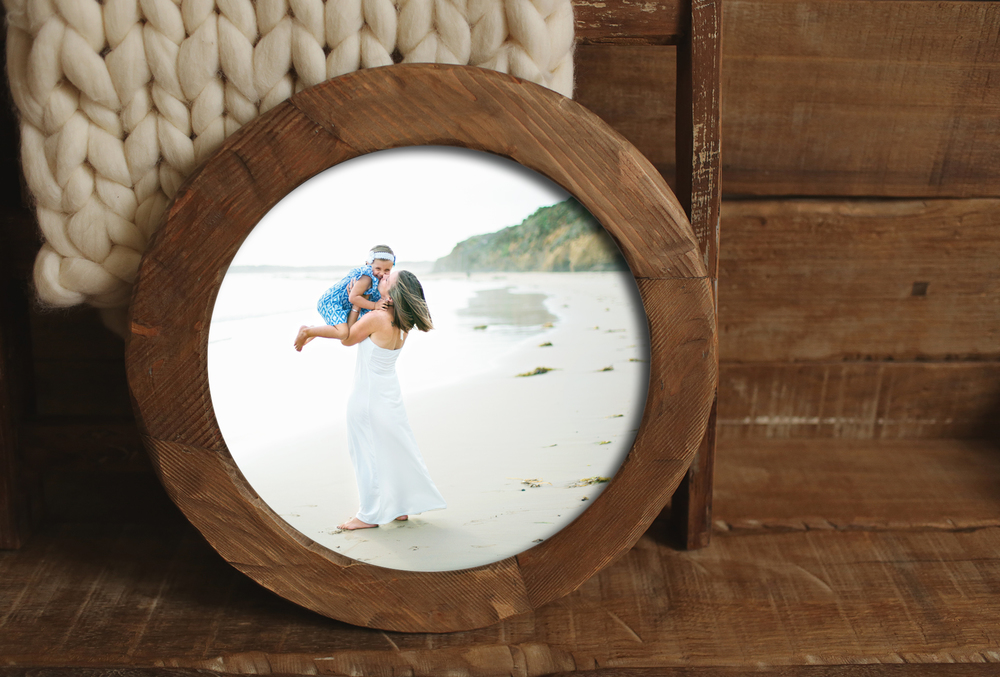 Photoblock-Round-Template-Framed-HJ.jpg
