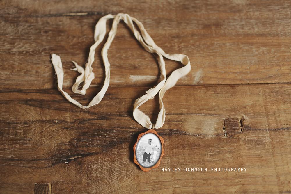 Photoblock-Wooden-Hanger-HJ-.jpg