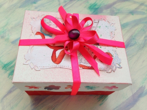 shop local gift box