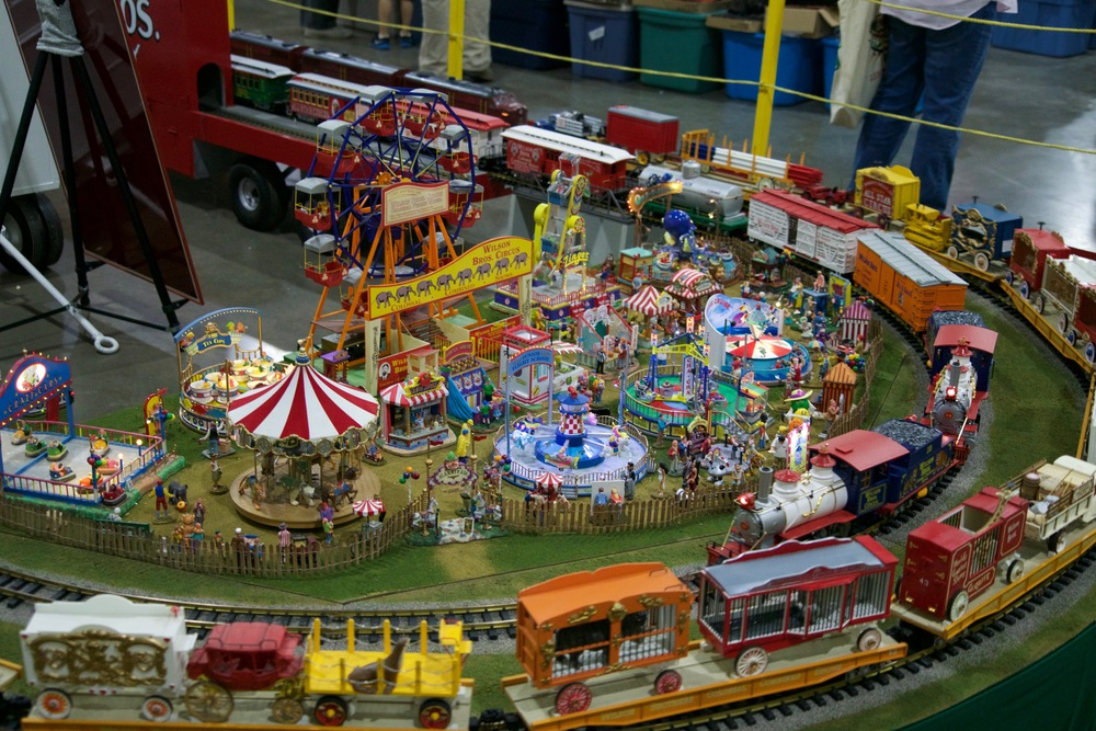 Even the G scale circus was in town!