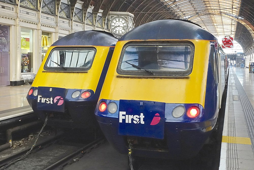 Two HST sets waiting at London's Paddington Station. Photo by Ralf Meier