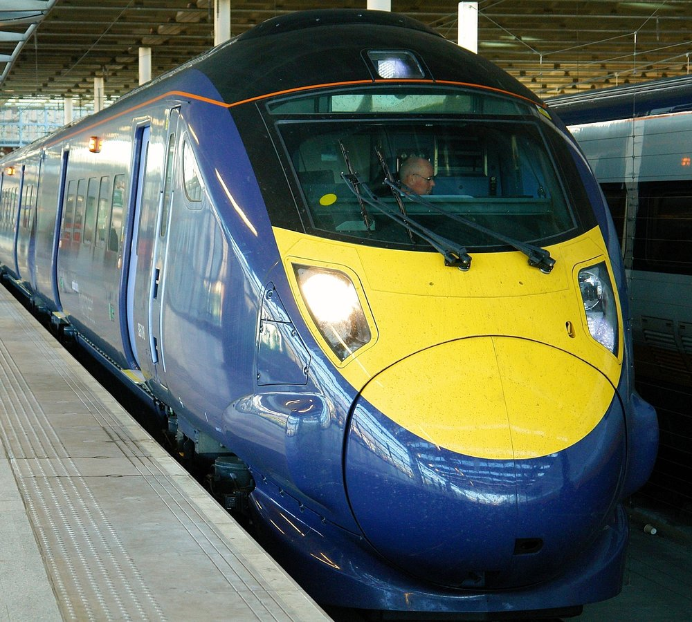 "A Hitachi Class 395 ""Javelin"" set at London's Saint Pancras Station. Photo by Ralf Meier"