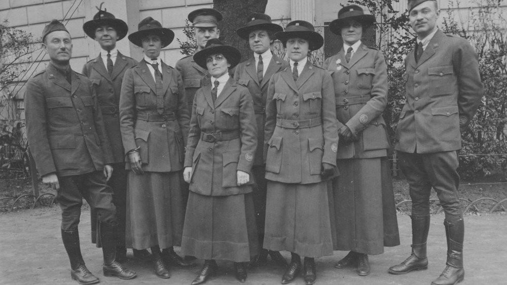 American Library Association volunteers in Paris, 1919. (University of Illinois Archives I Public Domain )