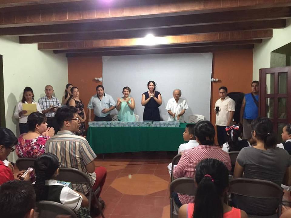 Junio 2016. Entrega Jarochilandias en Misantla