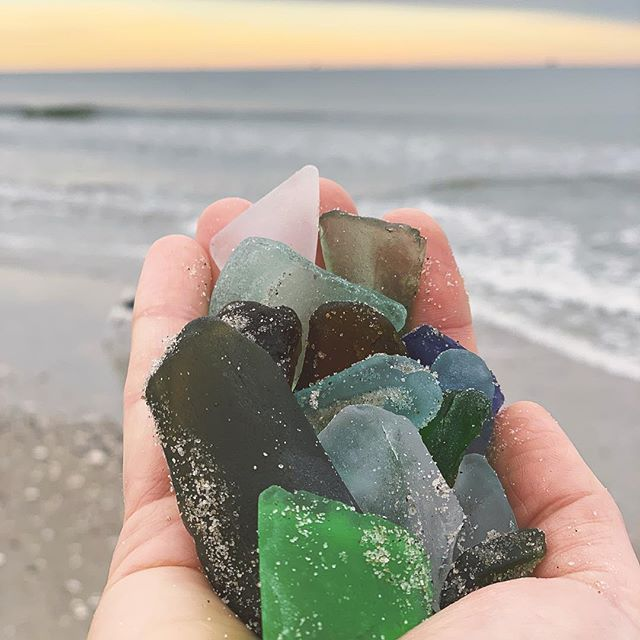 This weeks sea glass haul. I could only fit about half into my hand. There was so much in my pants pocket that it was pulling them down during the run. 🤣 . . It's funny. For years I only ever found a few pieces and then suddenly boom, my eyes pick it up all over the place. Kinda makes me wonder what else I'm missing out there, and what wonders can still be found! 😊 . . . . . . #seaglass #beach #run #workout #exercise #healthymom #healthama #mindfullness