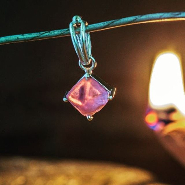 Spinel silver pendent made out of a gorgeous natural pyramid shaped crystal. . . . . Our latest project..#spinel #crystal #pendant . Visit us at www.rohangems.com . Stay tuned for more! #soulsapphire #soulcrystal #spinelcrystalpendant #spinelpendant #crystalpendant #srilanka #crystaljewellery #jewellery #jewelleryforsale #pendants