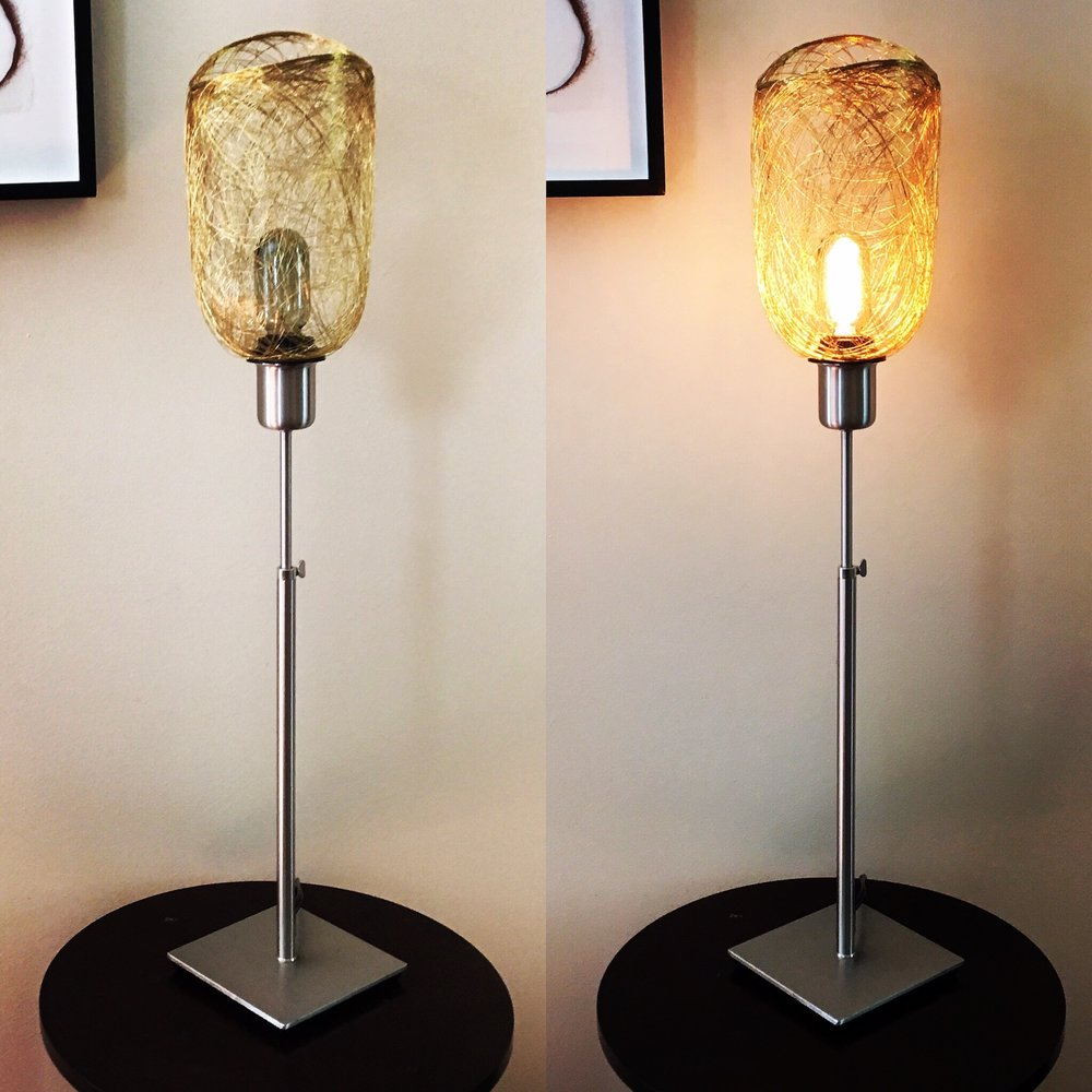edm-wire-table-lamp7.jpg