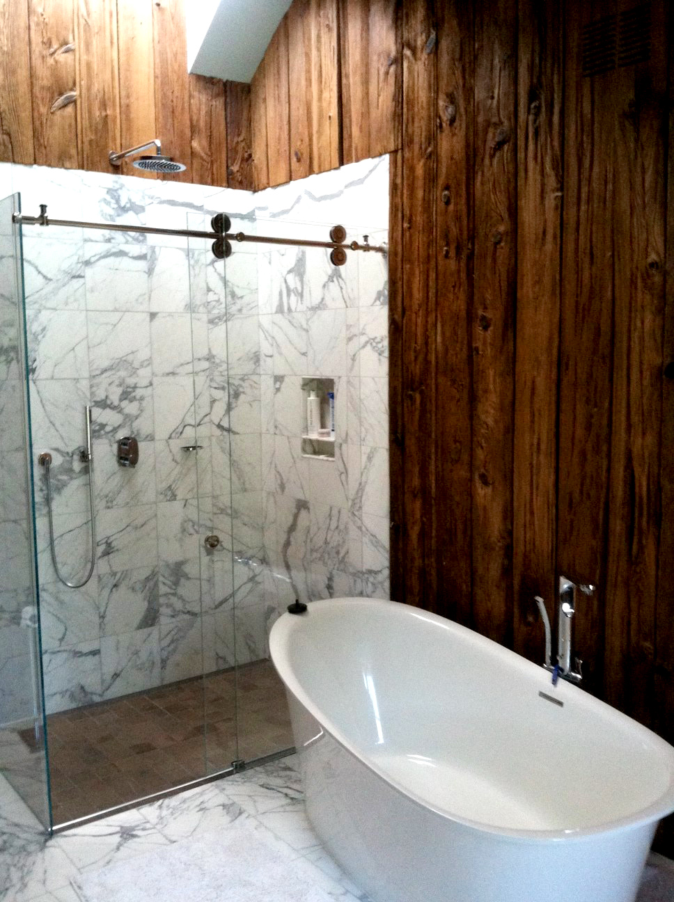 wood-marble-bathroom