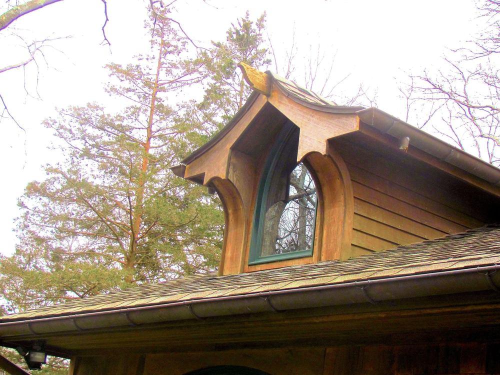 dennis-schorndorf-wooden-dormer