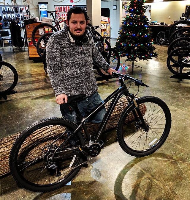 Congrats Tony on your new bike! Tony is rocking the @trekbikes X-Caliber 7! Time to shred the trail! . . #trekbikes #xcaliber7 #mtb #hardtail #29er