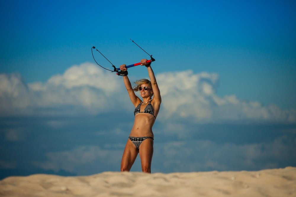 kitesurf (learn to fly the kite)