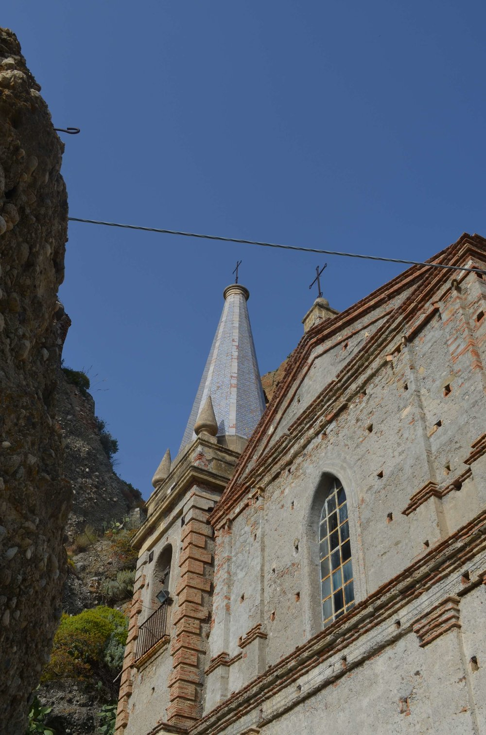 pentedattilo church.jpg