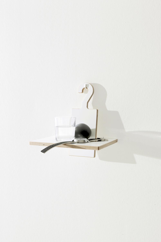 Studio-MoritzPutzier_Mueller_HangUp-mini-shelf.jpg