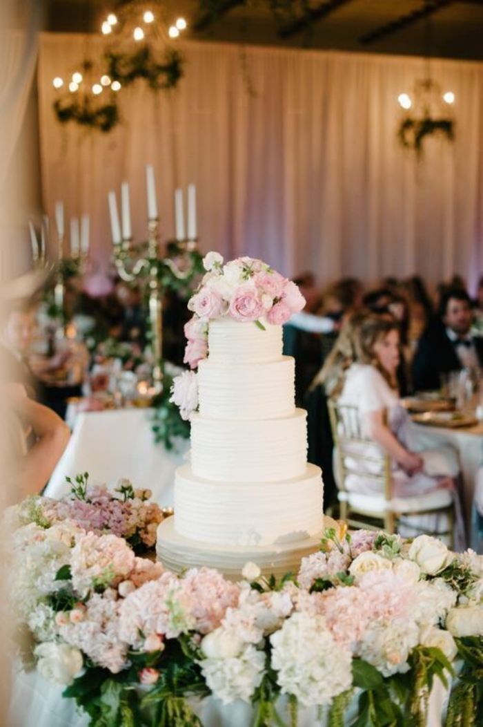Vendors || Photography: Claire Barrett || Venue: Triunfo Creek Vineyards ||  Coordination: Callista & Co, Di Lusso Concierge || Stationary: East Six || Cake: The Butter End Cakery ||