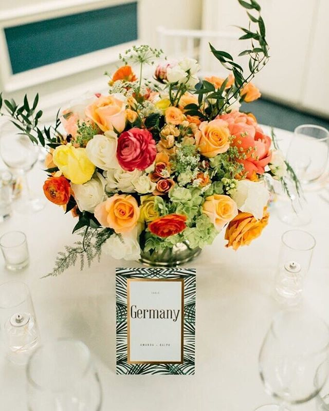 Incorporate a centerpiece that is bursting with summer and sunset shades! | Coordinator: @theoverwhelmedbride | Venue: @viceroysm | Photography: @catiecoylephoto | #WisteriaLaneFlowers . . . . .  #florist #weddingflorist #losangelesflorist #wedding #flowers #flowerstagram #weddinginspo #weddingdesign #designinspo #arrangement #blooms #weddingflowers #socalbride #socalflorist #losangelesflorist #theknot #theknotweddings #centerpiece #arrangement #summerflowers #tablescape #summerwedding #californiawedding