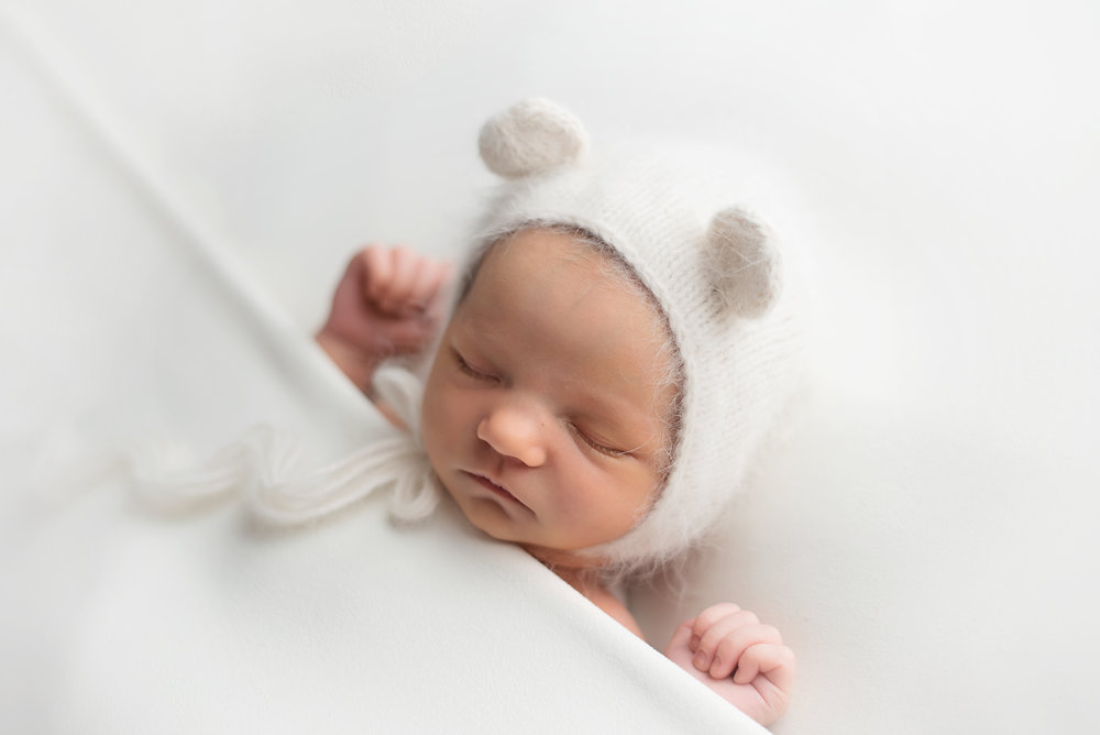 Lonsdale_Newborn_Photographer9 (3).jpg