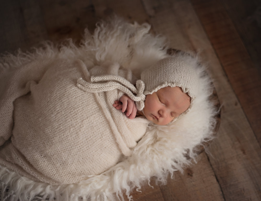Lonsdale_Newborn_Photographer1 (3).jpg