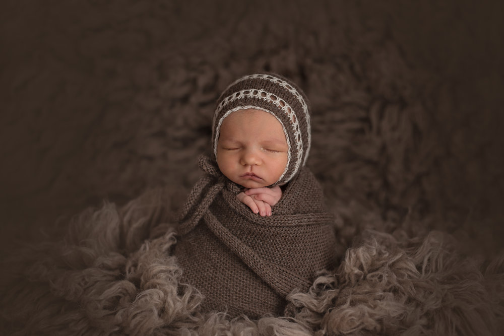 Lonsdale_Newborn_Photographer9 (2).jpg
