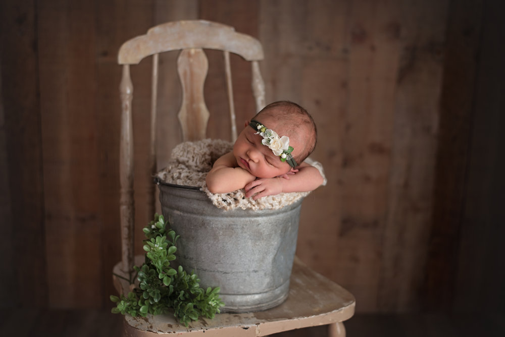 Lonsdale_Newborn_Photographer9 (1).jpg