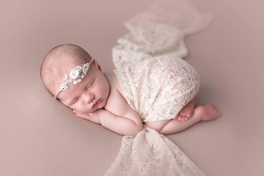 Lonsdale_Newborn_Photographer