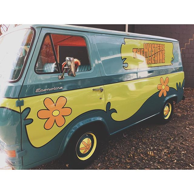 No surprise that I didn't run into @scoobydoo because he's always somewhere else. #mysterymachine #vsco #vscocam #childhoodmemories