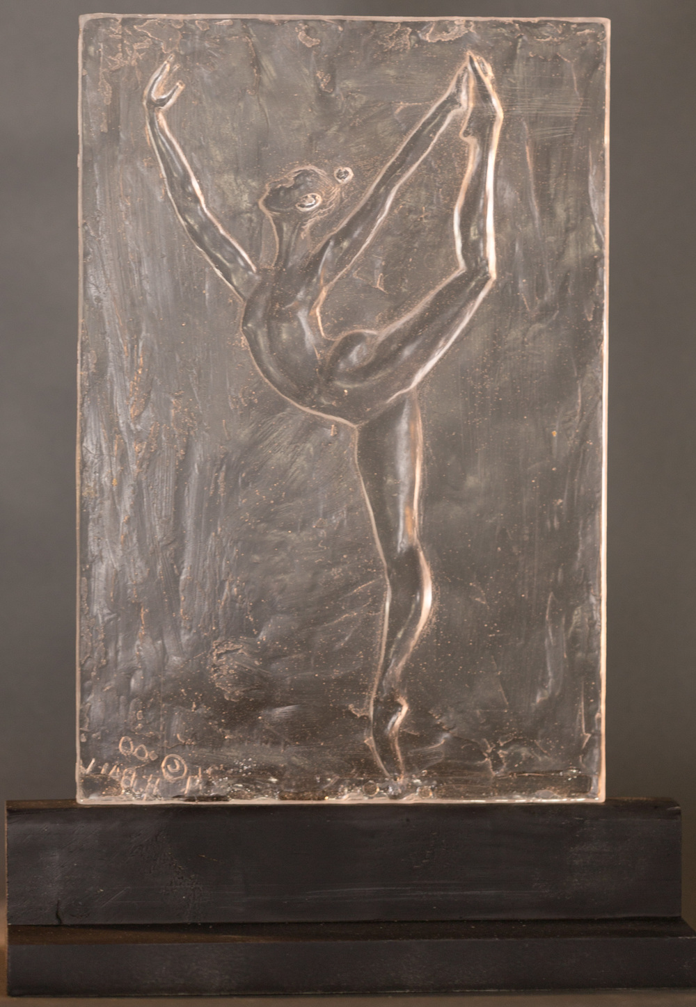 Arabesque (2000) Clear Resin, Edition: 30, 13.5x9x5in. $900