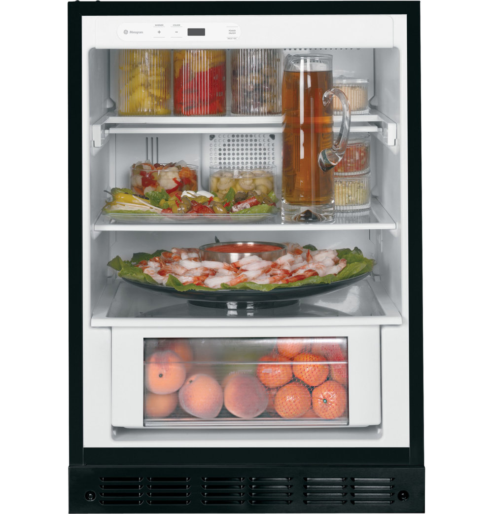 3. Adjustable shelves. Vegetable crisper. No freezer.