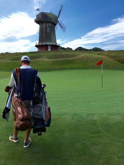 Playing with a Caddy - a survival guide — UK Golf Guy