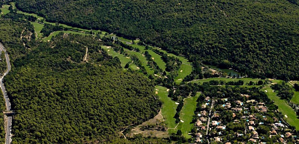 Trees abound at Golf Club de Cannes-Mougins but the fairways are fairly generous
