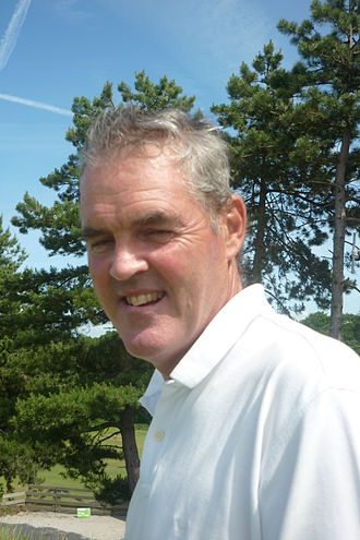 Mike Clayton golf.JPG