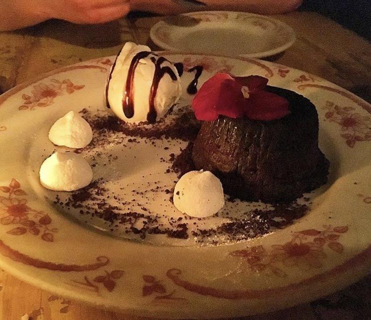 Chocolate molten lava cake, La Esquina