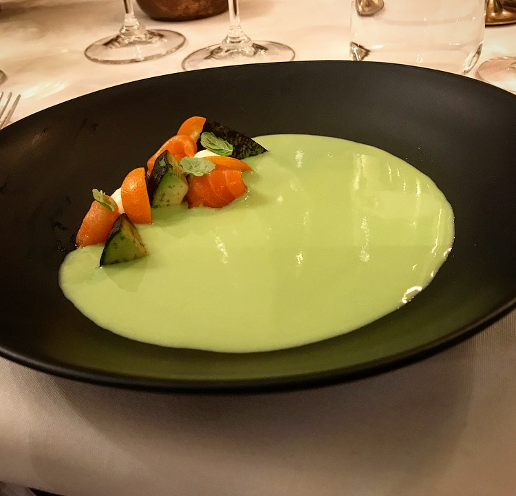 Amazing Avocado and Pea Puree soup