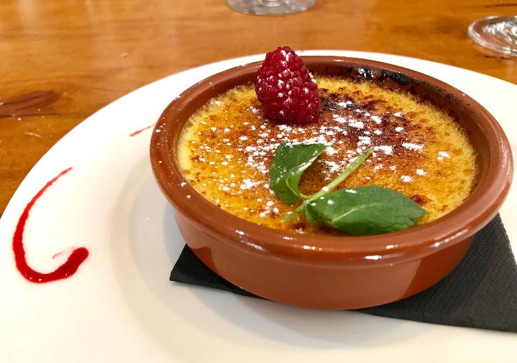 Crème Brulée at La Brasserie Bordelais