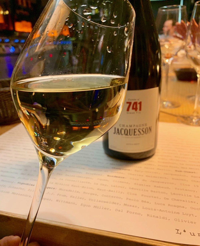 Champagne in Bordeaux. Mais Pourquoi pas?!