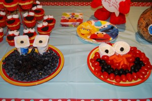 Cookie was carefully crafted with blueberries and blackberries with mini yogurts for eyes. Elmo was made with cherry tomatoes and olives and mini ranch dressing for eyes.